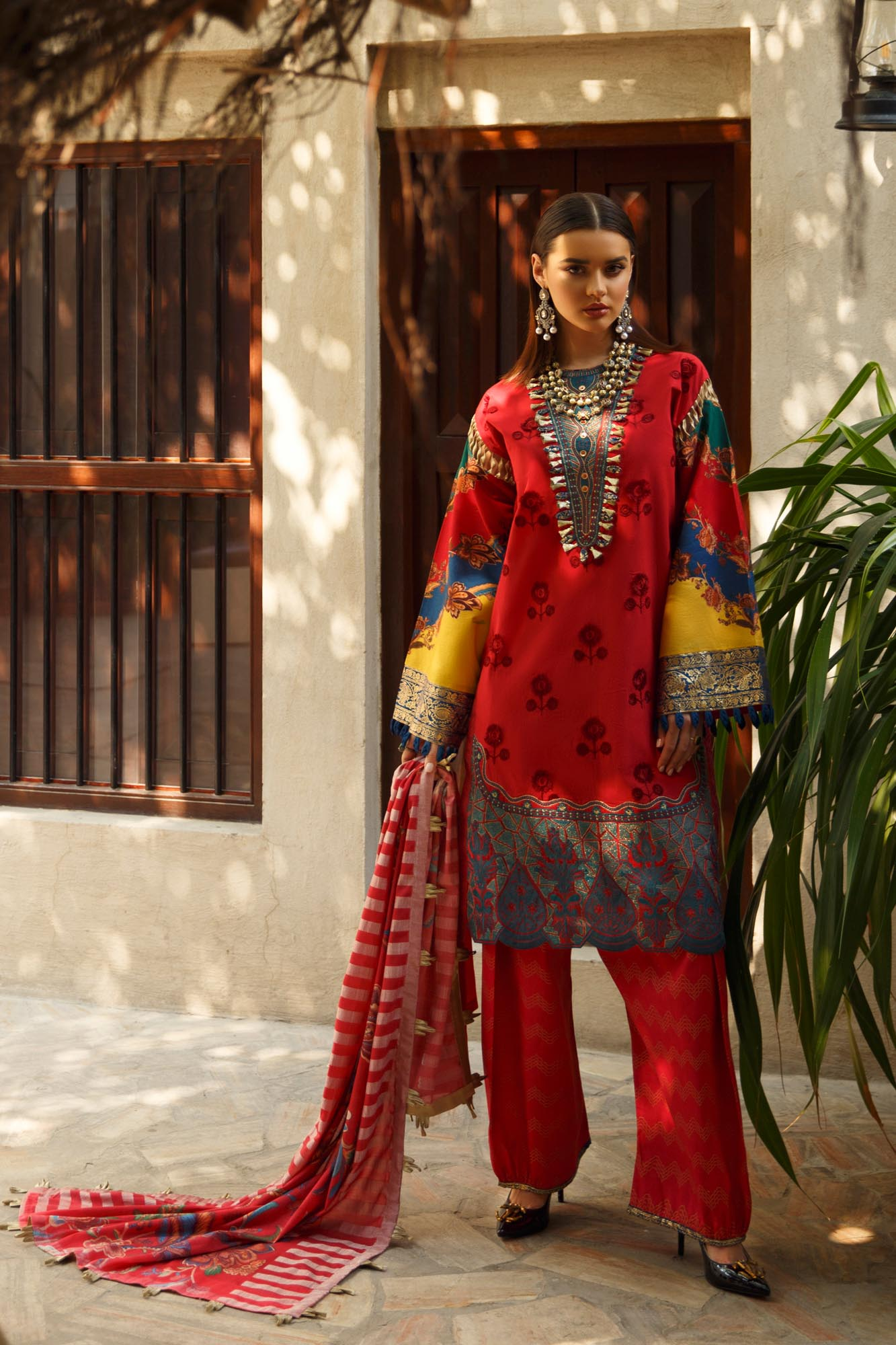 Embroidered Self Jacquard 3pc lawn by ethnic