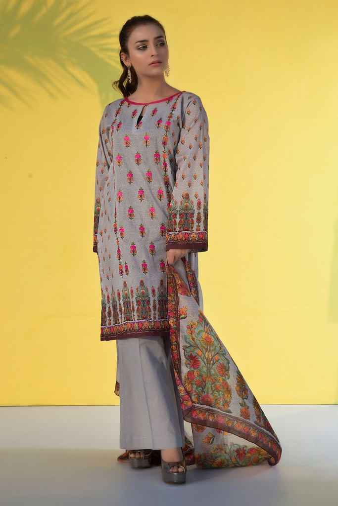 Warda Printed Embroidere Suit