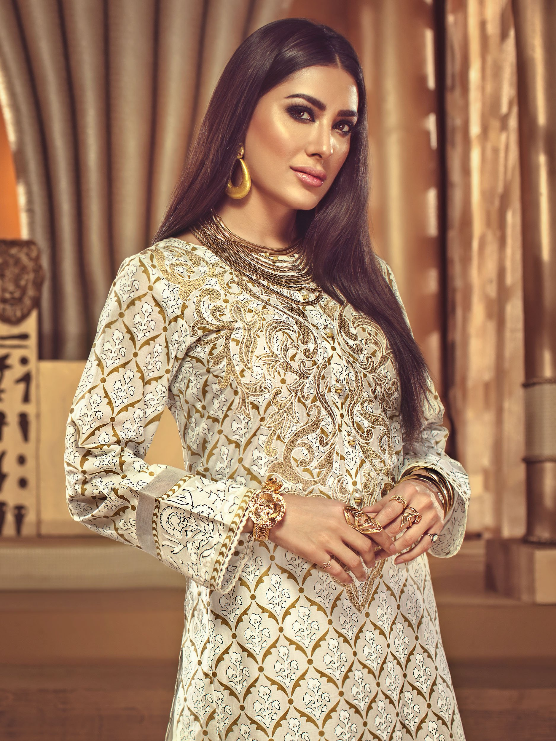 Embroidered Lawn Shirt 1Pc Limelight