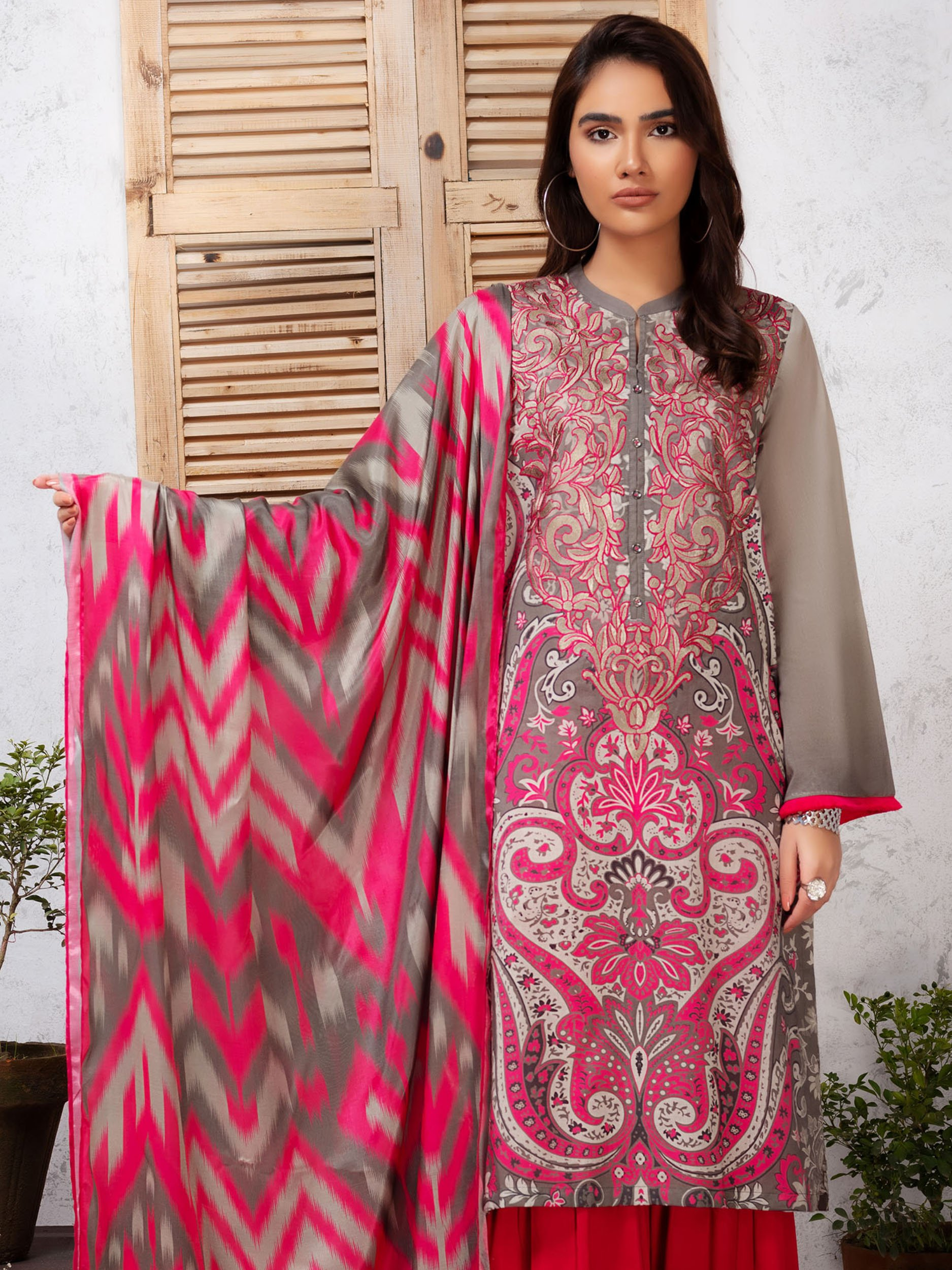 Embroidered Lawn 2Pc Suit
