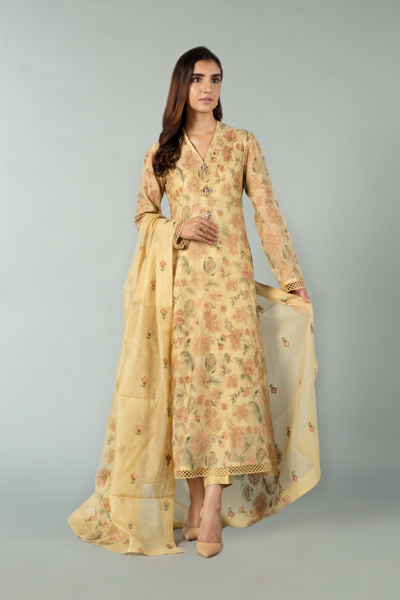 Latest Folra New Dress For Ladies