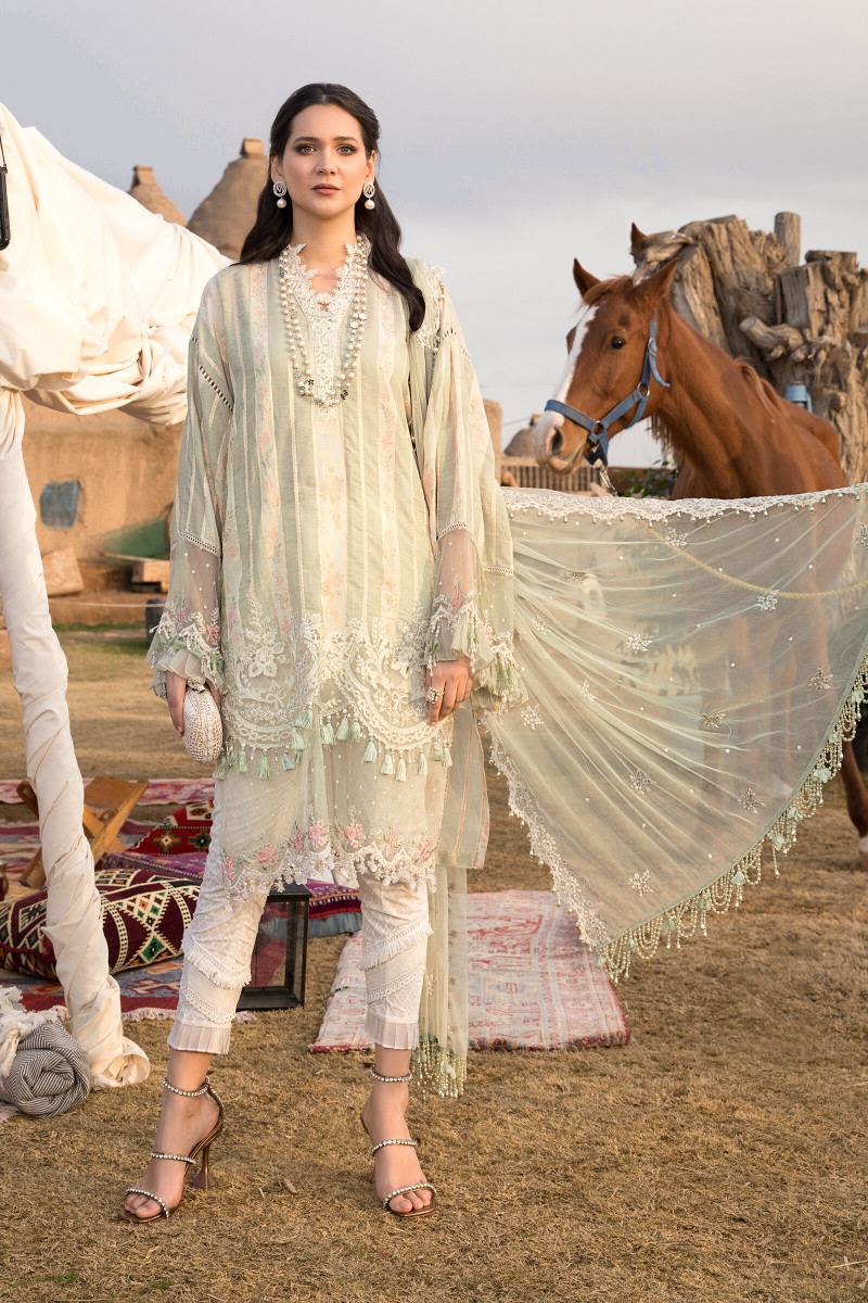 New Unstitched Mria B lawn For Girls